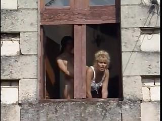 Umiliazioni in Famiglia - 1996 - Italian Porn