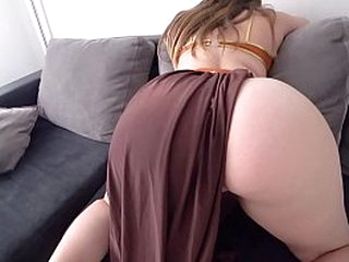 Big booty white girl gets super fucked