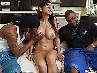 Mia khalifa having threesome