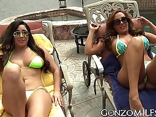 Super hot babes having outdoor fun
